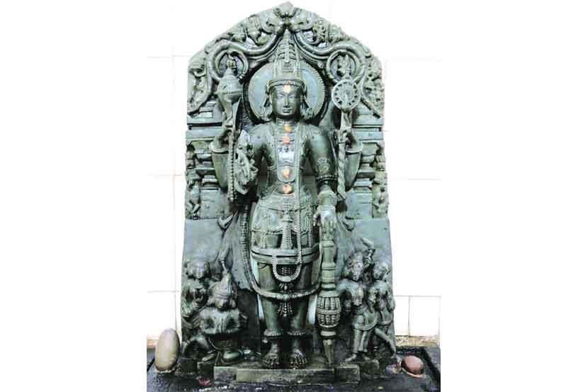 Lakshmi Keshav Sculpture in Bivali