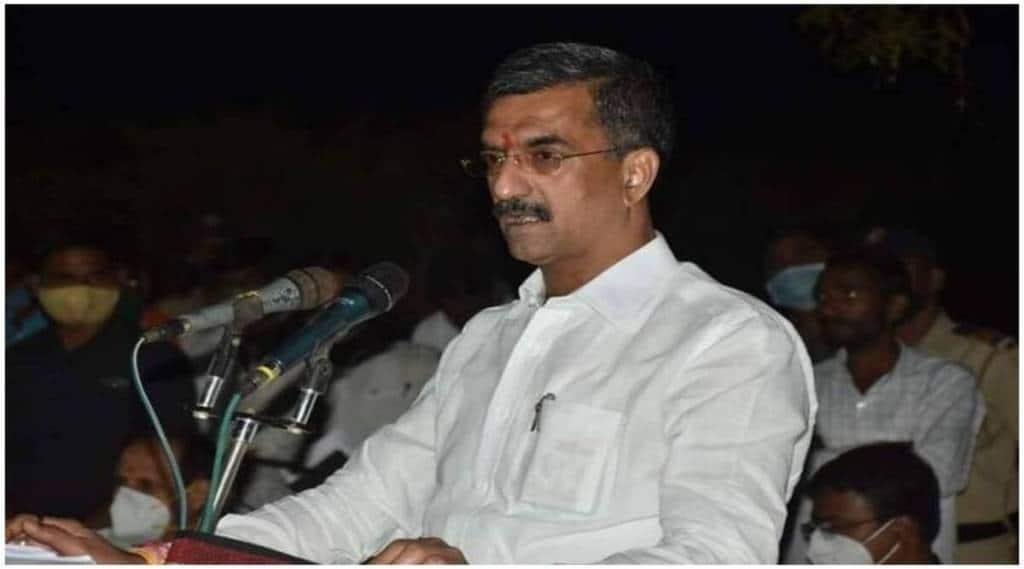 Shambhuraje Desai is being Surveillance by unknown youths in satara