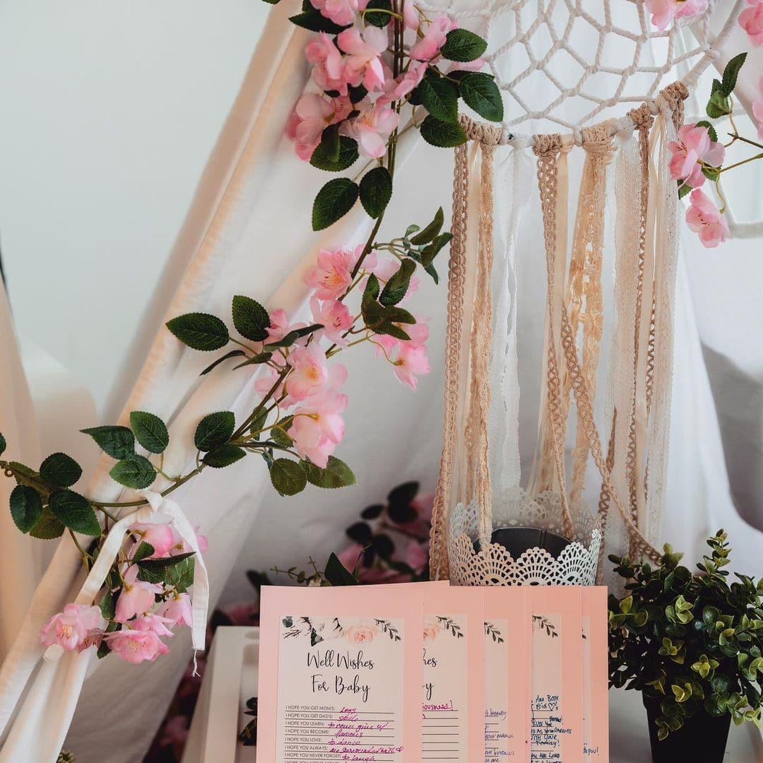 lisa-haydon-baby-shower-party-fun-decoration (1)