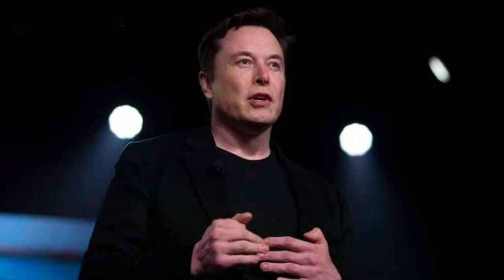 Elon Musk clashed with Apple said company takes global tax on Internet gst 97