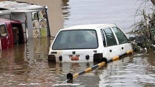 New Bride Among 7 Killed In Telangana Floods Due To Heavy Rain gst 97