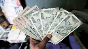 Racket of counterfeit notes exposed Ten and a half lakh notes seized