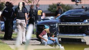 America gunman kills one Tennessee supermarket 12 wounded