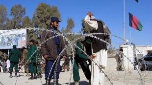 Thousands of Afghans Stranded in Spin Boldak Wants to enter Pakistan gst 97