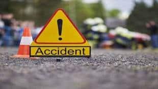 hit-and-run-car-makes-u-turn-mumbai-flyover-two-bikers-killed-gst-97