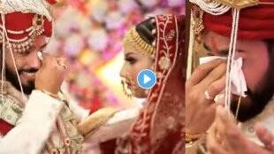 groom-saw-bride-then-he-started-crying