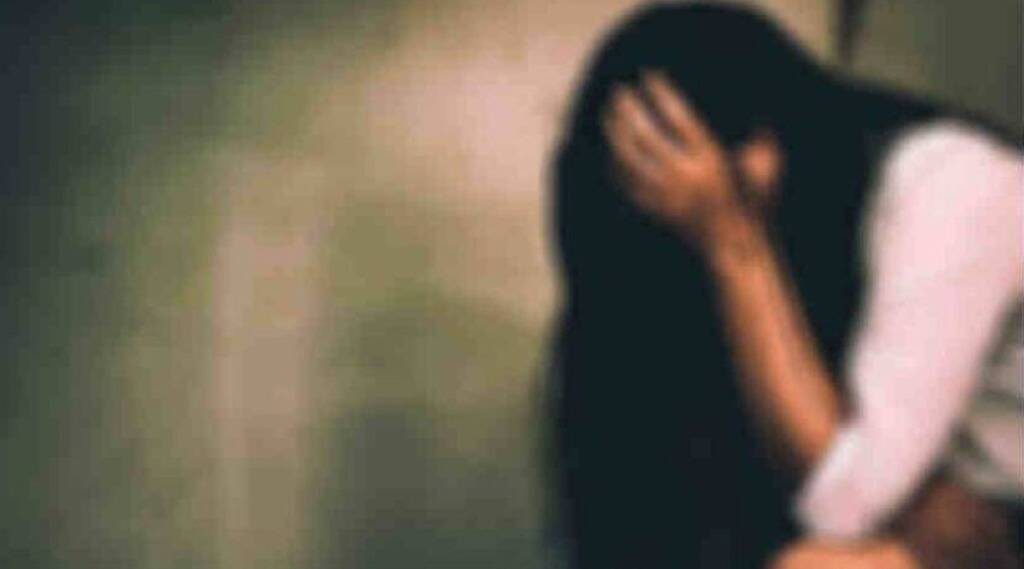 40 year old father rapes minor girl Handcuffs by police
