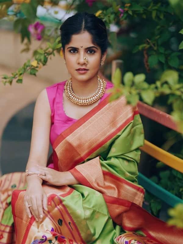 Amruta Deshmukh Paithani Dupatta Photos Video