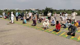 Gurgaon counter namaz open residents sing bhajans in protest